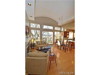 Photo 3: 16 60 Dallas Rd in VICTORIA: Vi James Bay Row/Townhouse for sale (Victoria)  : MLS®# 694479