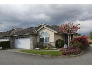 """Photo 1: 9 32777 CHILCOTIN Drive in Abbotsford: Central Abbotsford Townhouse for sale in """"Cartier Heights"""" : MLS®# F1436946"""