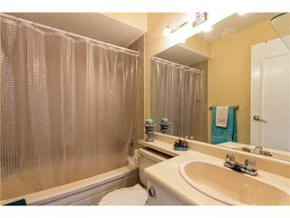 "Photo 8: 301 809 W 16TH Street in North Vancouver: Hamilton Condo for sale in ""PANORAMA COURT"" : MLS®# V1120495"