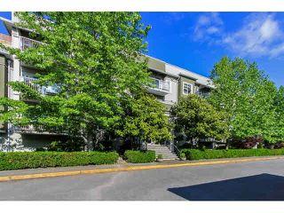 """Photo 2: 109 4738 53 Street in Ladner: Delta Manor Condo for sale in """"SUNNINGDALE ESTATES"""" : MLS®# V1124508"""