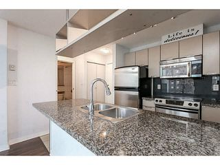 "Photo 6: 605 1082 SEYMOUR Street in Vancouver: Downtown VW Condo for sale in ""FREESIA"" (Vancouver West)  : MLS®# V1140454"