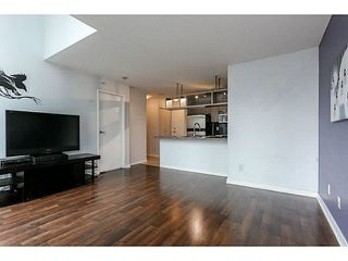 "Photo 10: 605 1082 SEYMOUR Street in Vancouver: Downtown VW Condo for sale in ""FREESIA"" (Vancouver West)  : MLS®# V1140454"