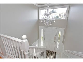 Photo 2: 15322 ROYAL Avenue: White Rock House for sale (South Surrey White Rock)  : MLS®# F1450836