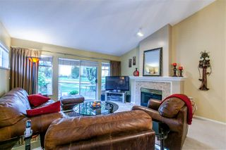"""Photo 4: 10 21138 88 Avenue in Langley: Walnut Grove Townhouse for sale in """"Spencer Green"""" : MLS®# R2008817"""