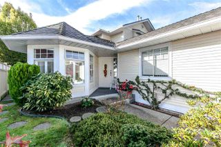 """Photo 2: 10 21138 88 Avenue in Langley: Walnut Grove Townhouse for sale in """"Spencer Green"""" : MLS®# R2008817"""
