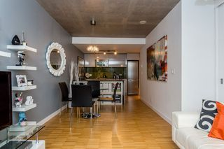 "Photo 6: 2805 128 W CORDOVA Street in Vancouver: Downtown VW Condo for sale in ""WOODWARDS"" (Vancouver West)  : MLS®# R2042542"