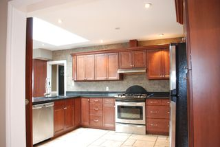 Photo 14: 2949 FLEMING Avenue in Coquitlam: Meadow Brook House for sale : MLS®# R2049595