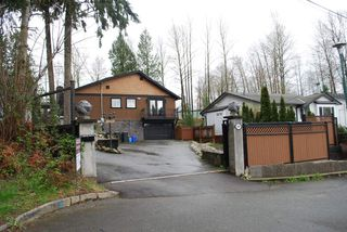 Photo 2: 2949 FLEMING Avenue in Coquitlam: Meadow Brook House for sale : MLS®# R2049595