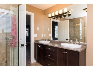 "Photo 14: 15552 VISTA Drive: White Rock House for sale in ""VISTA HILLS"" (South Surrey White Rock)  : MLS®# R2062767"