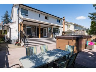 "Photo 2: 15552 VISTA Drive: White Rock House for sale in ""VISTA HILLS"" (South Surrey White Rock)  : MLS®# R2062767"