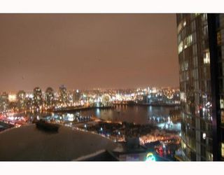 Photo 10: 2308 668 CITADEL Parade: Downtown VW Home for sale ()  : MLS®# V747817