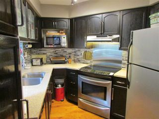 """Photo 7: 215 74 MINER Street in New Westminster: Fraserview NW Condo for sale in """"FRASERVIEW PARK"""" : MLS®# R2105993"""