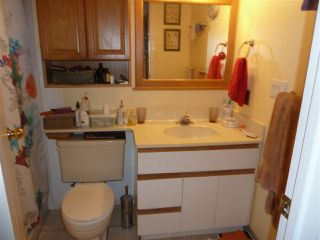 """Photo 12: 104 7871 NO 1 Road in Richmond: Quilchena RI Condo for sale in """"Beacon Cove"""" : MLS®# R2149736"""