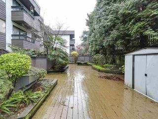 "Photo 13: 209 440 E 5TH Avenue in Vancouver: Mount Pleasant VE Condo for sale in ""Landmark Manor"" (Vancouver East)  : MLS®# R2156153"