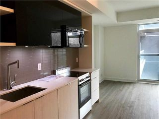 Photo 6: 6 Parkwood Ave Unit #401 in Toronto: Forest Hill South Condo for sale (Toronto C03)  : MLS®# C3770111