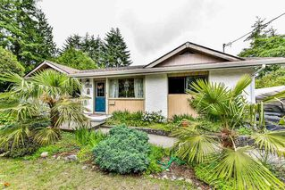 Photo 1: 15527 17A Avenue in Surrey: King George Corridor House for sale (South Surrey White Rock)  : MLS®# R2174173