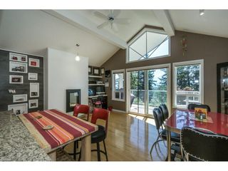 """Photo 10: 19 8590 SUNRISE Drive in Chilliwack: Chilliwack Mountain Townhouse for sale in """"Maple Hills"""" : MLS®# R2193379"""