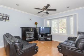Photo 2: 426 E 60TH Avenue in Vancouver: South Vancouver House for sale (Vancouver East)  : MLS®# R2200562