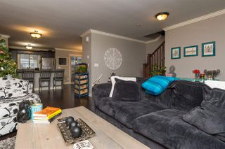 """Photo 5: 24 6238 192 Street in Surrey: Cloverdale BC Townhouse for sale in """"Bakerview Terrace"""" (Cloverdale)  : MLS®# R2232209"""