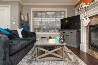 """Photo 4: 24 6238 192 Street in Surrey: Cloverdale BC Townhouse for sale in """"Bakerview Terrace"""" (Cloverdale)  : MLS®# R2232209"""