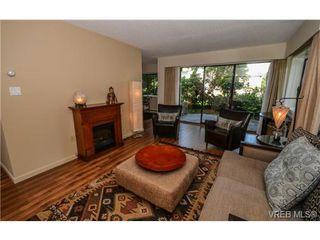 Photo 7: 101 1792 Rockland Avenue in VICTORIA: Vi Rockland Residential for sale (Victoria)  : MLS®# 324663