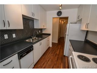 Photo 13: 101 1792 Rockland Avenue in VICTORIA: Vi Rockland Residential for sale (Victoria)  : MLS®# 324663