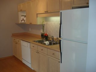Photo 8: 327 3 RIALTO Court in New Westminster: Home for sale : MLS®# V1000159