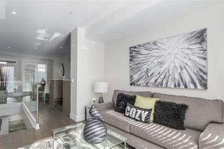 Photo 4: 7 531 E 16 AVENUE in Vancouver: Mount Pleasant VE Townhouse for sale (Vancouver East)  : MLS®# R2247231
