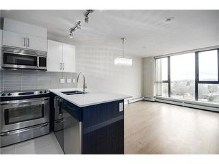 "Photo 7: 808 2689 KINGSWAY in Vancouver: Collingwood VE Condo for sale in ""SKYWAY TOWER"" (Vancouver East)  : MLS®# R2268899"