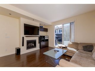 Photo 3: 28 18983 72A Avenue in Surrey: Clayton Townhouse for sale (Cloverdale)  : MLS®# R2286875