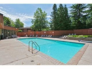 """Photo 16: 804 10620 150 Street in Surrey: Guildford Townhouse for sale in """"Lincoln's Gate"""" (North Surrey)  : MLS®# R2288608"""
