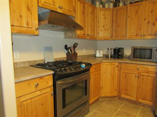 """Photo 6: 13039 HUNTER'S Lane in Charlie Lake: Lakeshore Manufactured Home for sale in """"BEN'S SUBDIVISION"""" (Fort St. John (Zone 60))  : MLS®# R2298244"""