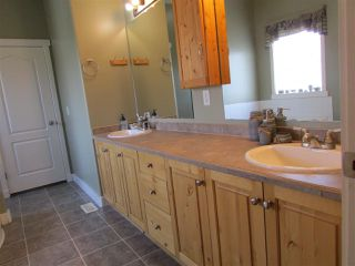 """Photo 15: 13039 HUNTER'S Lane in Charlie Lake: Lakeshore Manufactured Home for sale in """"BEN'S SUBDIVISION"""" (Fort St. John (Zone 60))  : MLS®# R2298244"""