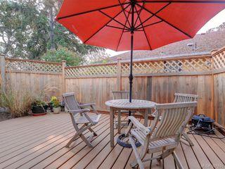 Photo 19: 2525 Scott St in VICTORIA: Vi Oaklands Half Duplex for sale (Victoria)  : MLS®# 795860