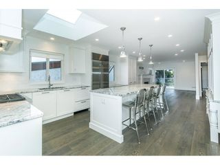 "Photo 8: 943 HABGOOD Street: White Rock House for sale in ""White Rock Hillside"" (South Surrey White Rock)  : MLS®# R2314241"