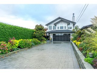 "Photo 2: 943 HABGOOD Street: White Rock House for sale in ""White Rock Hillside"" (South Surrey White Rock)  : MLS®# R2314241"