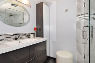Photo 13: 601 38 LEOPOLD Place in New Westminster: Downtown NW Condo for sale : MLS®# R2317124