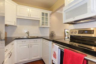 """Photo 7: 4912 RIVER REACH Street in Delta: Ladner Elementary Townhouse for sale in """"RIVER REACH"""" (Ladner)  : MLS®# R2317945"""