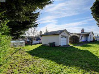 Photo 14: 3419 Bethune Avenue in VICTORIA: SE Quadra Single Family Detached for sale (Saanich East)  : MLS®# 404715