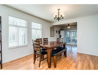 Photo 7: 26452 32A Avenue in Langley: Aldergrove Langley House for sale : MLS®# R2345094