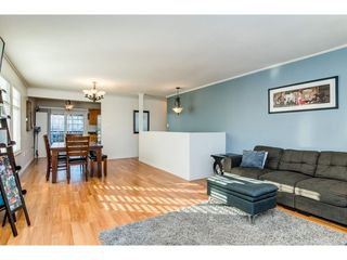 Photo 6: 26452 32A Avenue in Langley: Aldergrove Langley House for sale : MLS®# R2345094