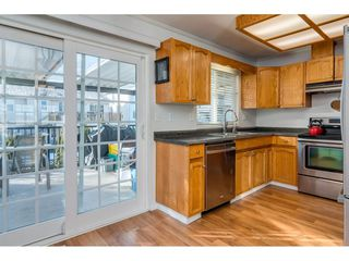 Photo 9: 26452 32A Avenue in Langley: Aldergrove Langley House for sale : MLS®# R2345094