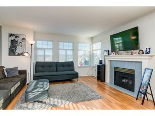 Photo 3: 26452 32A Avenue in Langley: Aldergrove Langley House for sale : MLS®# R2345094