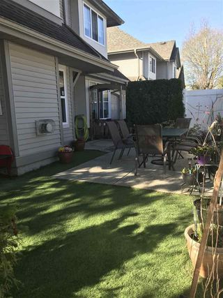 """Photo 14: 57 23085 118 Avenue in Maple Ridge: East Central Townhouse for sale in """"Sommerville Gardens"""" : MLS®# R2345607"""