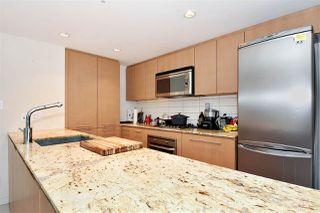 "Photo 7: 704 522 W 8TH Avenue in Vancouver: Fairview VW Condo for sale in ""CROSSROADS"" (Vancouver West)  : MLS®# R2347481"