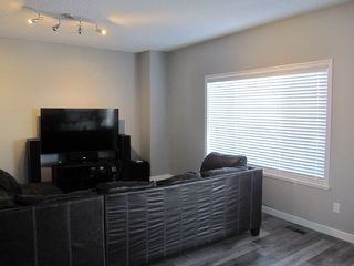 Photo 3: 12820 Hudson Way in Edmonton: Zone 27 House for sale : MLS®# E4148572