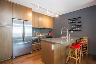 """Photo 8: 701 251 E 7TH Avenue in Vancouver: Mount Pleasant VE Condo for sale in """"District South Main"""" (Vancouver East)  : MLS®# R2352506"""