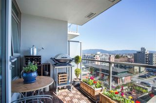 """Photo 3: 701 251 E 7TH Avenue in Vancouver: Mount Pleasant VE Condo for sale in """"District South Main"""" (Vancouver East)  : MLS®# R2352506"""