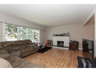 Photo 3: 1962 CATALINA Crescent in Abbotsford: Abbotsford West House for sale : MLS®# R2353919