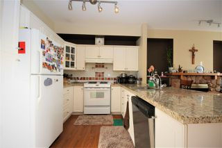 """Photo 5: 214 1465 PARKWAY Boulevard in Coquitlam: Westwood Plateau Townhouse for sale in """"SILVER OAK"""" : MLS®# R2365652"""
